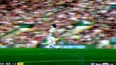 Dura entrada a Louis de One Direction... ¡arbitro era roja!