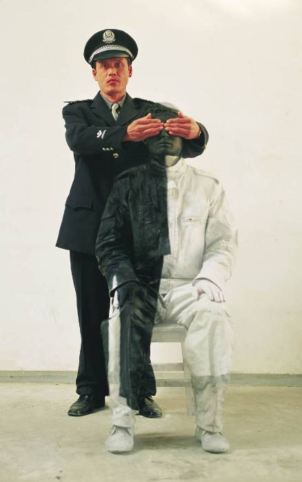 Foto de Hiding in the City: el hombre invisible. Liu Bolin (14/50)