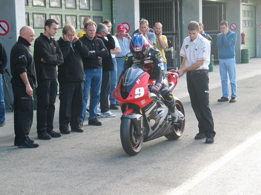 Foto de Proton KR KTM 2005 (24/24)