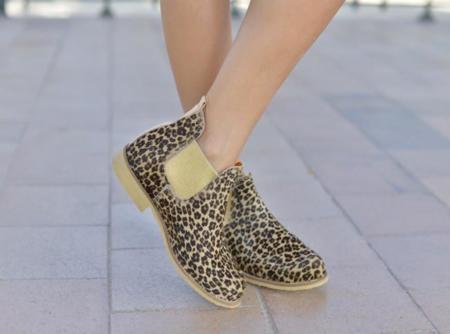 Llegan las Neon Boots, unas botas que reflejan un estilo de vida único