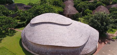 Este gimnasio está hecho de bambú y es antisísmico