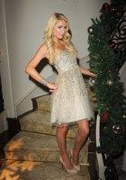 Paris Hilton lo da todo en su última <em>party</em> 'Navidades Eléctricas'