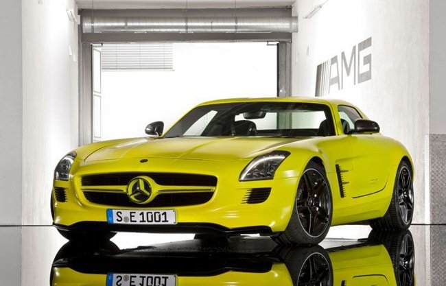 Mercedes-Benz-AMG-SLS-e-Cell