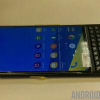 Nuevas imágenes de la BlackBerry Venice: así será Android según BlackBerry