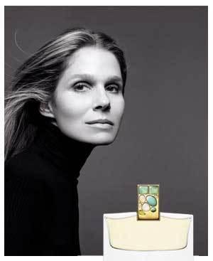 Aerin Lauder modela la nueva fragancia de la casa