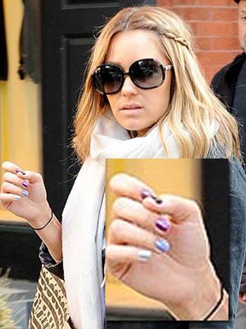 Las uñas technicolor de Lauren Conrad