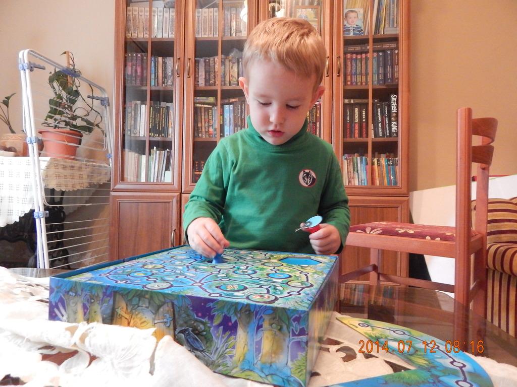 diecisiete juegos de mesa para jugar en familia en verano ninguno es el parchs