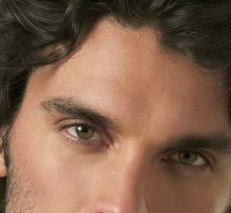 Cuidados cosméticos básicos para hombres (II): la exfoliación