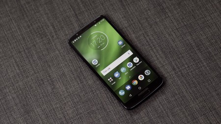 Android nativo Moto G6 Plus
