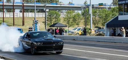 Video: Ford Mustang Shelby GT500 de hace 10 años vs. Dodge Challenger Hellcat. ¿Quién crees que gane?