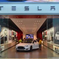 Tesla a pesar de perder dinero está vendiendo más coches y eso el mercado lo celebra