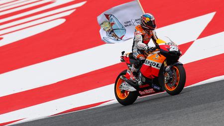 MotoGP Catalunya 2012: historias, símbolos y banderas