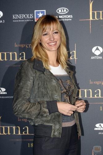 Alfombra roja con famosas españolas en la premiére de Luna Nueva en Madrid, Susanna Griso