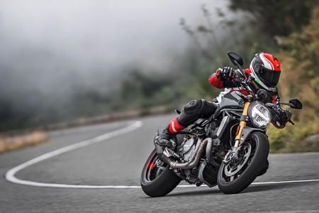 Ducati Monster 1200 2017 003