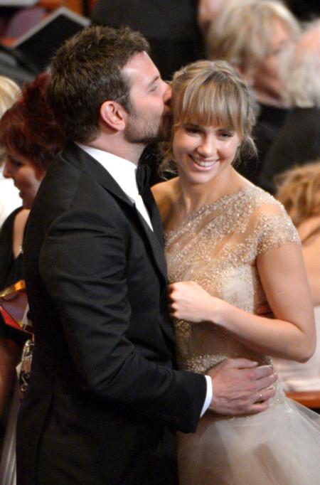 Romances de moda sobre la alfombra roja de los Oscar 2014