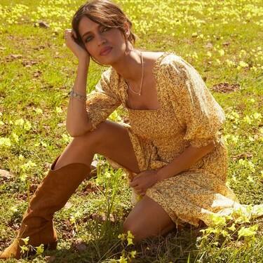 Rebajas en Cortefiel: 11 vestidos, tops y faldas para crear los estilismos más bohemios del verano