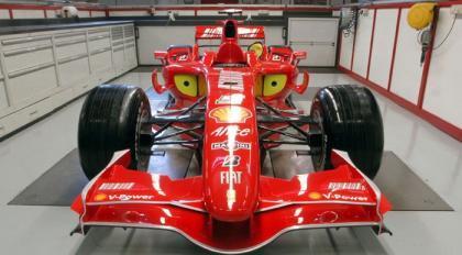 Ferrari aparca la batalla larga para 2008