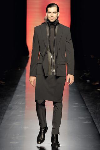 Foto de Jean Paul Gaultier Otoño-Invierno 2011/2012 en la Semana de la Moda de Paris (23/40)