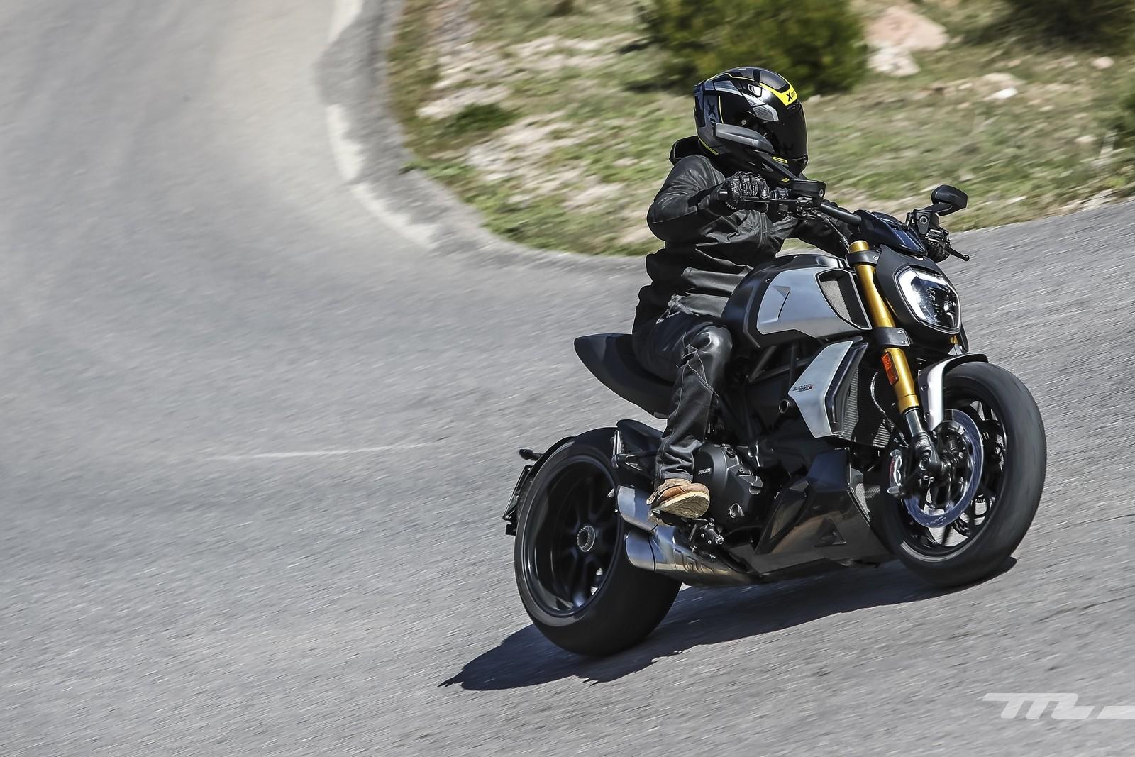 Foto de Ducati Diavel 1260 S 2019, prueba (9/59)