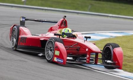Esto es lo que se escucha cuando pilotas un monoplaza de la Fórmula E