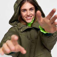 ¿No puedes esperar a las rebajas de Zara? Estas 15 prendas con special price te sacarán las ansias