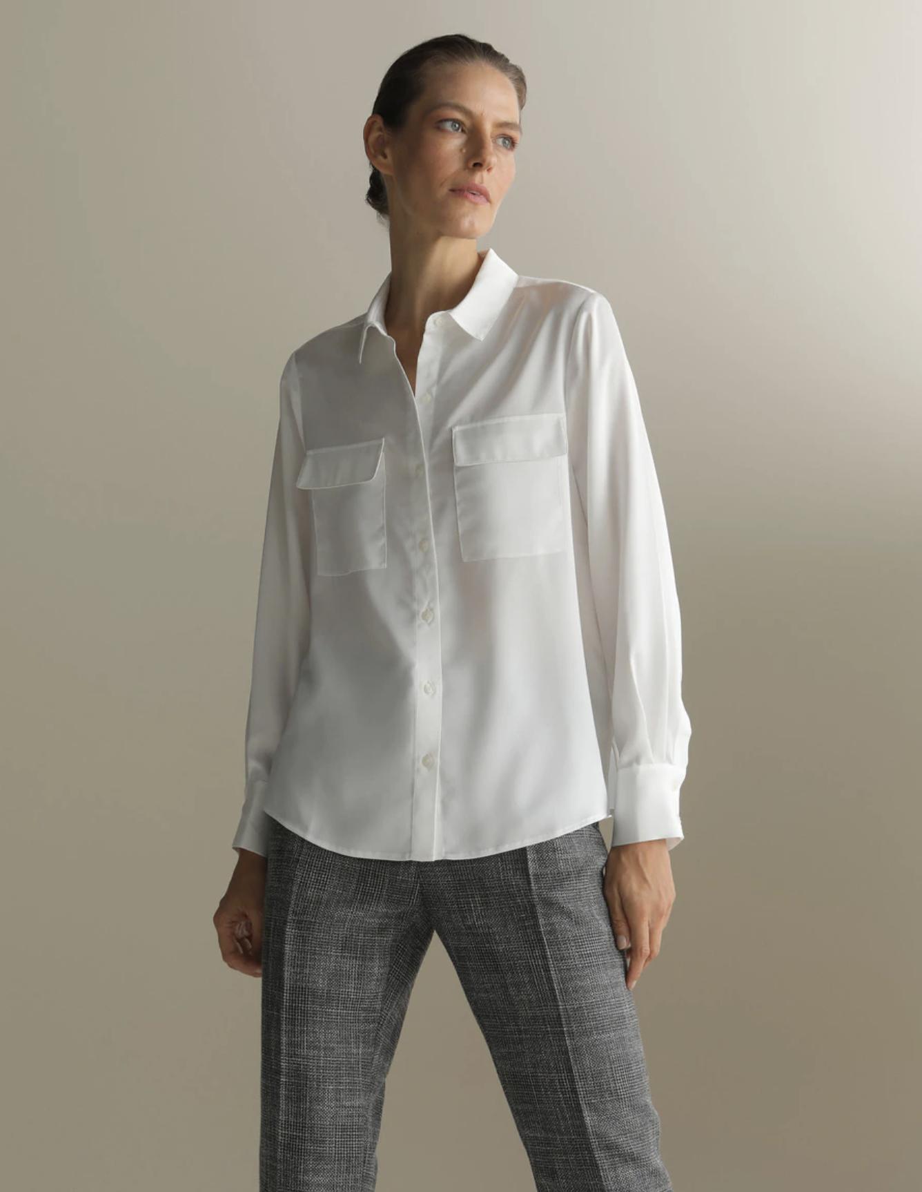 Camisa de mujer en satén con manga larga