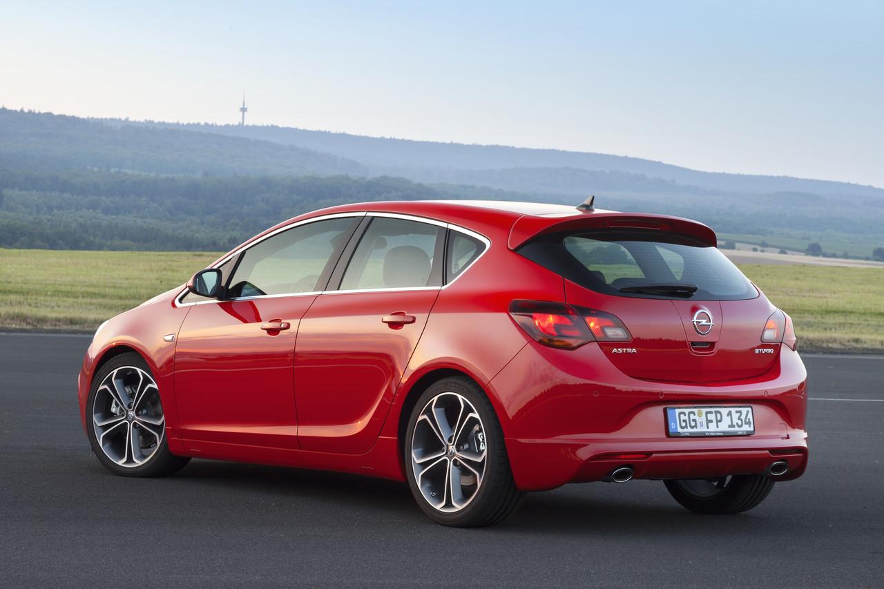 Foto de Opel Astra 2012 (20/28)