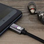 Parece un simple adaptador USB, pero este cable esconde un DAC y un reproductor de música MQA
