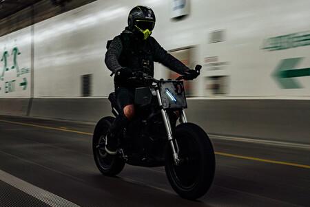 Esta moto eléctrica sigue siendo una Zero DS, pero ha duplicado su precio después de convertirse en una obra minimalista