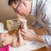 Estreñimiento del bebé a partir de los seis meses, ¿qué hacer?