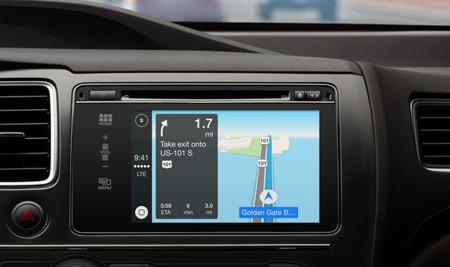 Apple CarPlay y QNX de BlackBerry