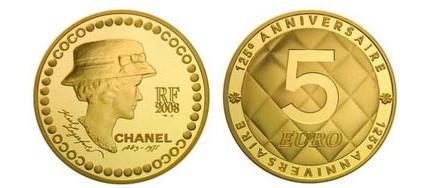 Lagerfeld diseña una moneda para celebrar el 125 cumpleaños de Coco Chanel