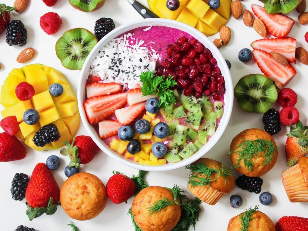 Rainbow bowls: qué son y por qué contribuyen a comer mejor