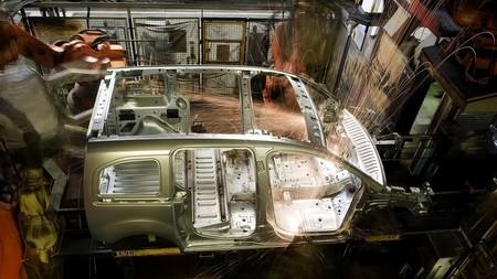 Un avión de madera de la Segunda Guerra Mundial como inspiración para dejar atrás el acero