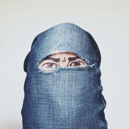 Brock Davis burka