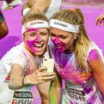 La peligrosa moda de sacarse un selfie en medio de una carrera