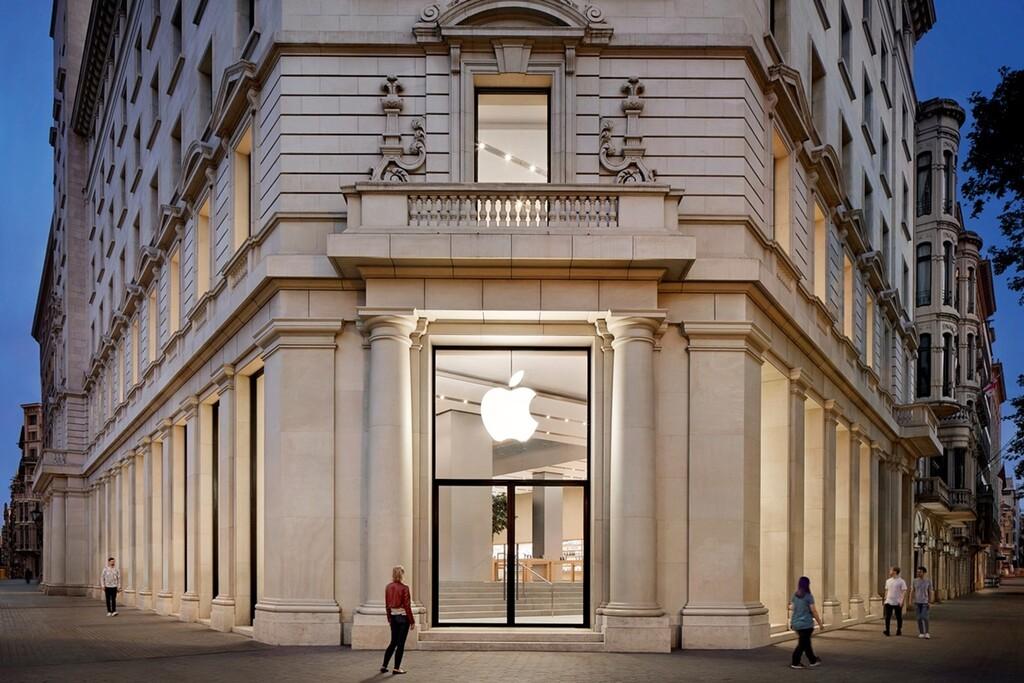 Las Apple Store españolas podrían empezar a recuperar su actividad empezando por Barcelona
