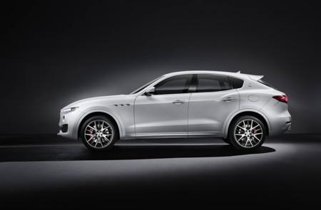 Maserati Levante 2016, estas son las primeras imágenes oficiales