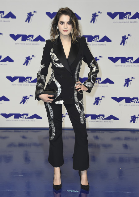 mtv vma video music awards 2017 alfombra roja red carpet Laura Marano