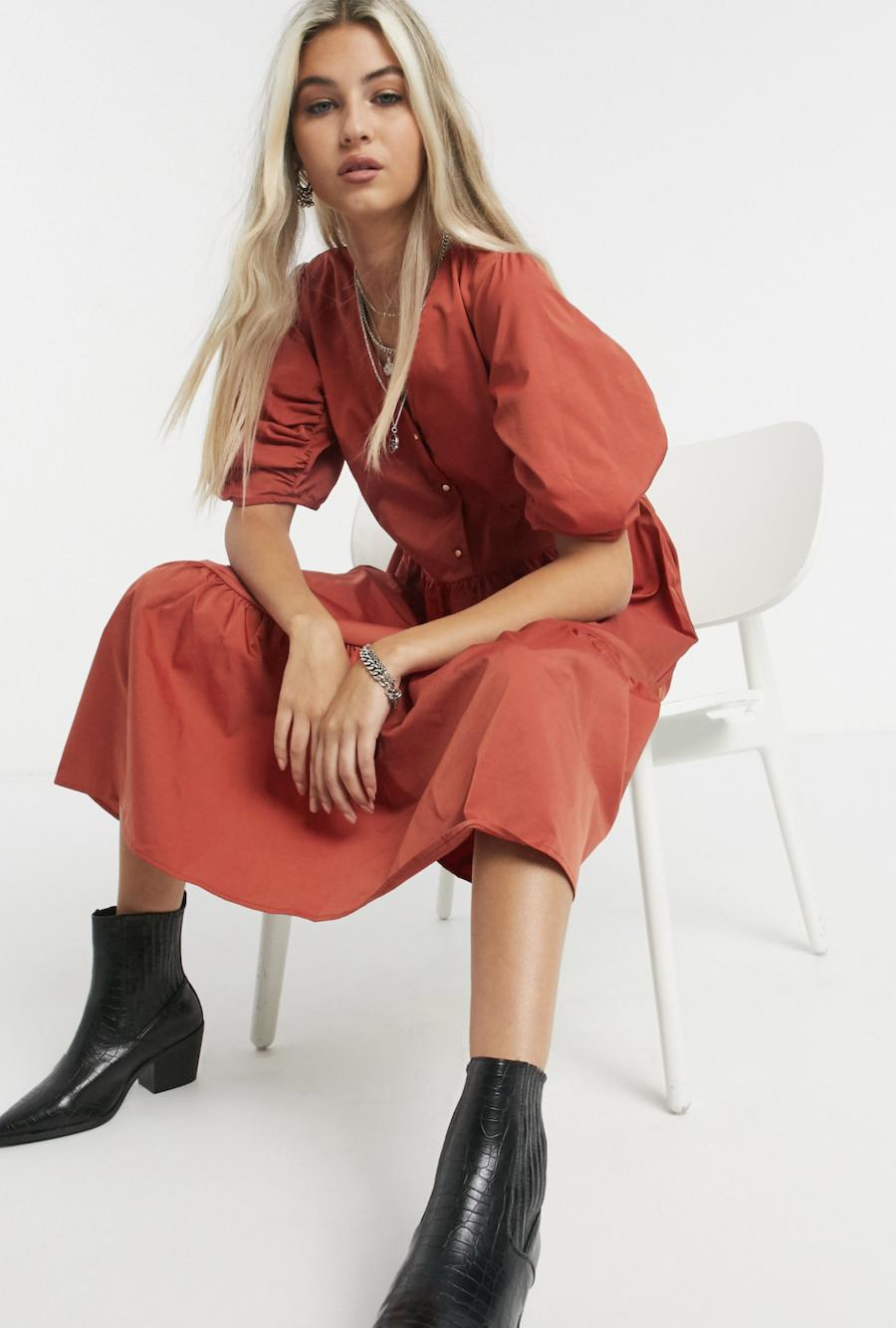 Vestido midi de corte amplio con mangas abullonadas en rojo Tamara de Object