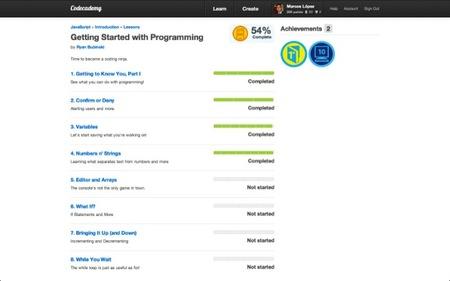 Codecademy es una página para que los peques y mayores aprendan a programar