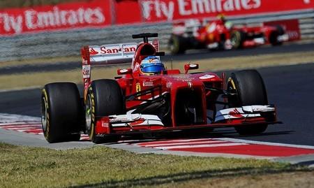 Fernando Alonso se libra de la penalización, Romain Grosjean no