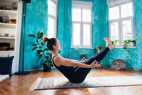 Nueve esterillas de Yoga para comenzar a entrenar en casa o en el gimnasio