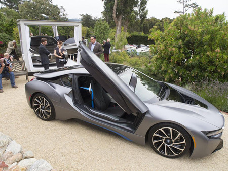 Un BMW i8 para Pebble Beach