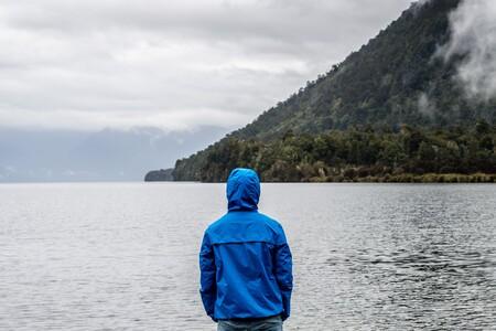 13 ofertas en chubasqueros y chaquetas impermables para hombre y mujer en Amazon de marcas como Adidas, Geographical Norway o Columbia