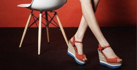 Tendencias Primavera 2011: los zapatos de moda para el buen tiempo