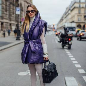 "Ya sea como ""chaqueta"" principal o como adicional: los chalecos acolchados tipo puffy causan sensación en la calle"