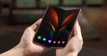 Samsung Galaxy Z Fold 2: nuevo plegable con pantallas más grandes y conectividad 5G por 2.009 euros