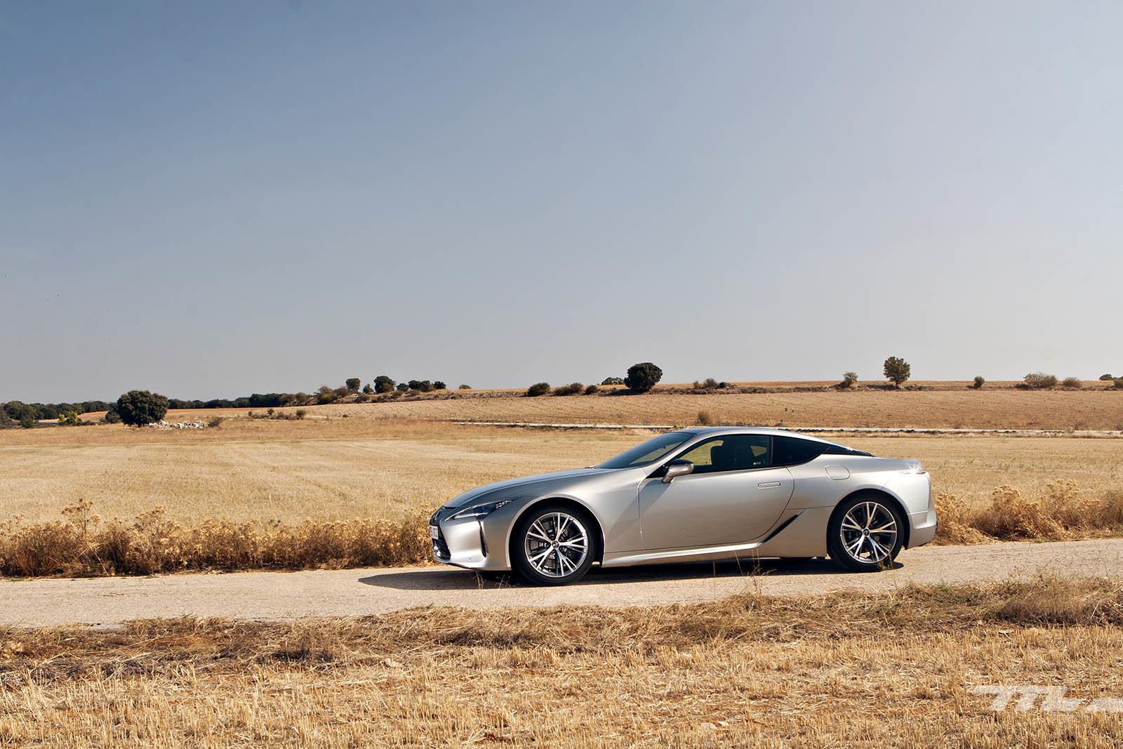 Foto de Lexus LC 500 (2/40)