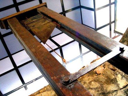 En España tenemos una demanda de 8.116 guillotinas de manera urgente